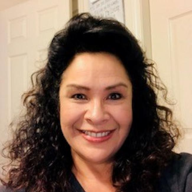 headshot of Belinda Hodge