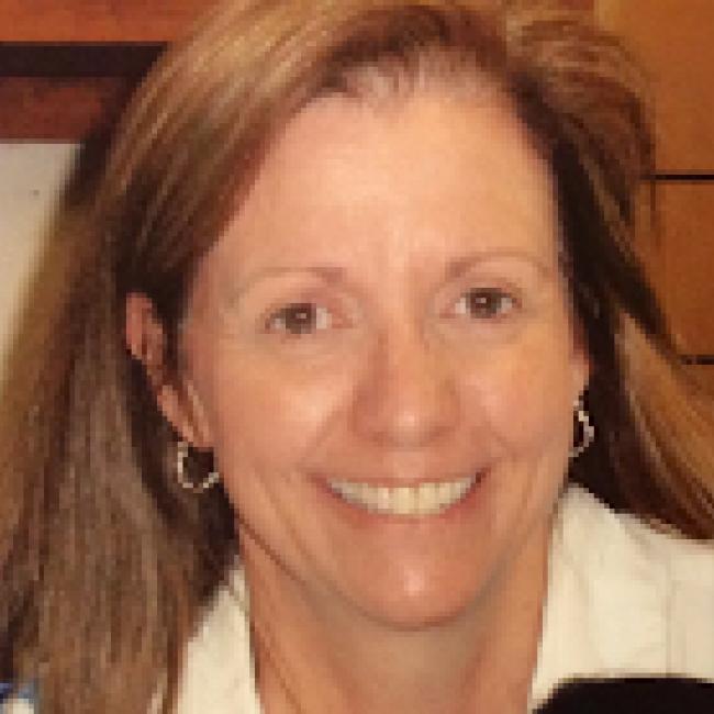 headshot of Toni Breshears