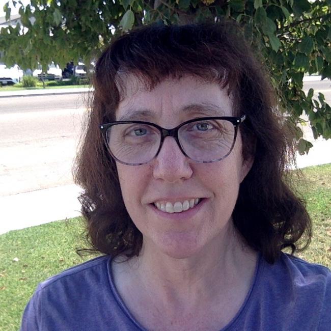 headshot of Lisa Medina