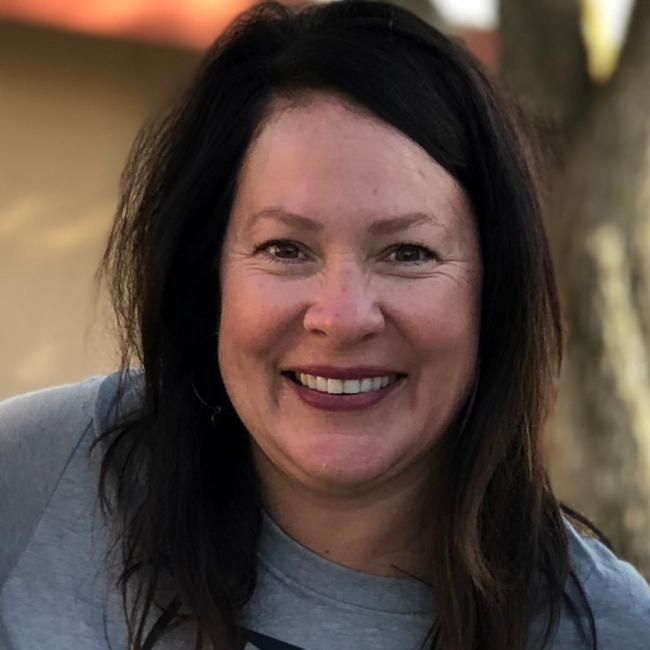 headshot of Cheryl Mackenzie