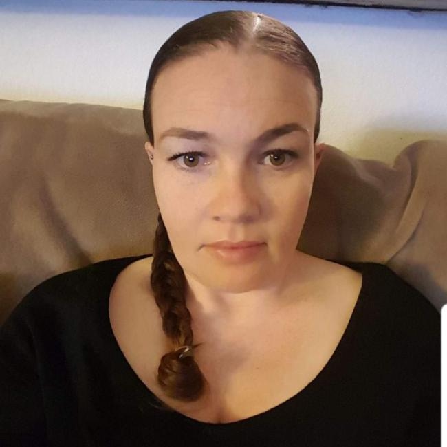 headshot of Rebecca Berghorst