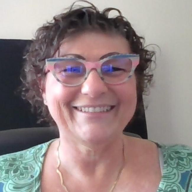 headshot of Lisa Rodler