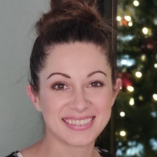 headshot of Nicole Haynes